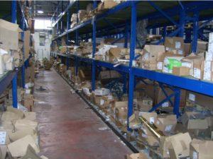 Skladišče in logistika - neurejeno skladišče